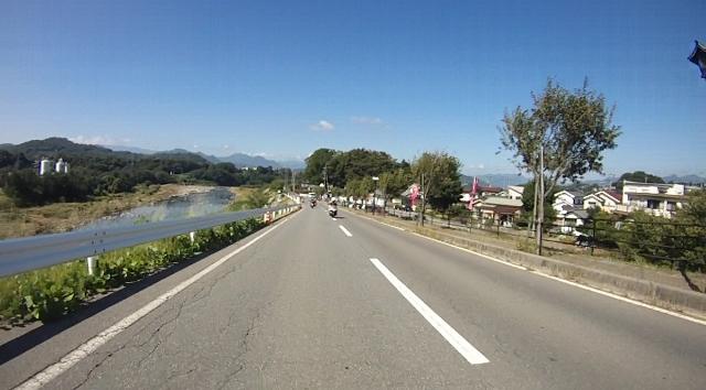 sukesan裏見の滝ツー13 (640x354)