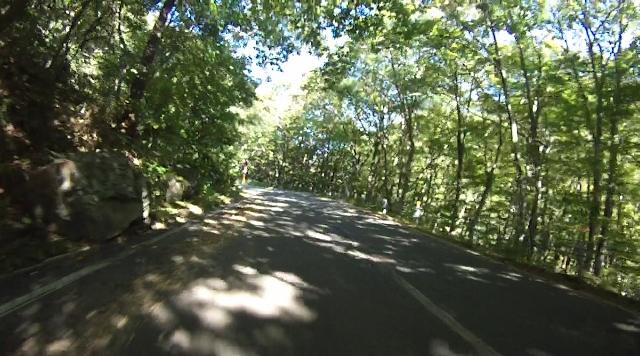 sukesan裏見の滝ツー32 (640x356)