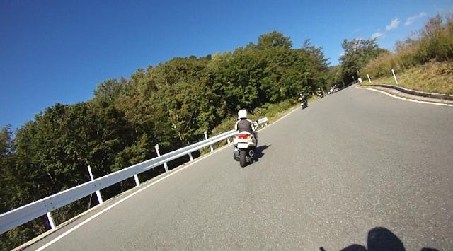 sukesan裏見の滝ツー33 (640x355)