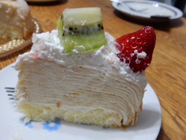 カーキをカット