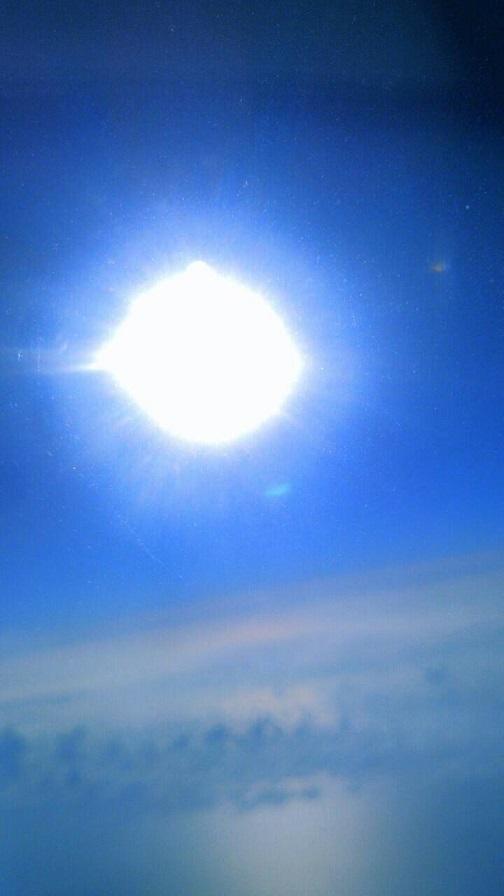 飛行機から見た朝日(ミーママ撮影)6