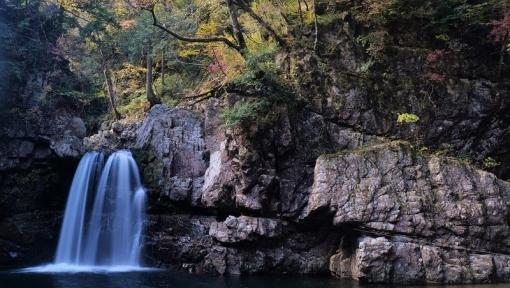 1842二段の滝1510315