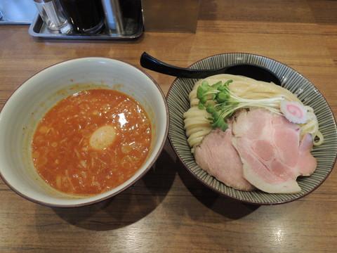 辛つけ麺(900円)+大盛(100円)
