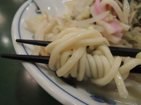 湯麺(ちゃんぽん)の麺