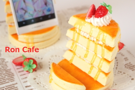 ホットケーキのスマホスタンド