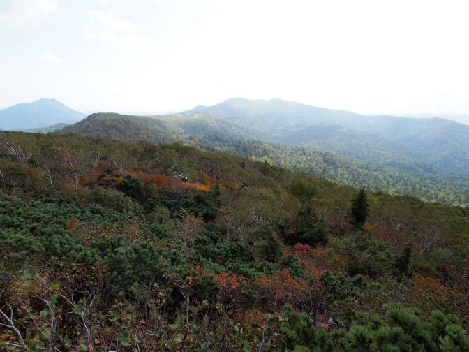 南側の眺め(恵庭岳、漁岳)