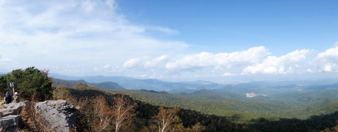 空沼岳山頂からの眺めマ(北~東側)