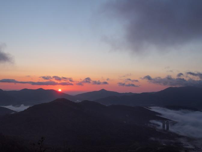 トマム雲海テラスの雲海と日の出