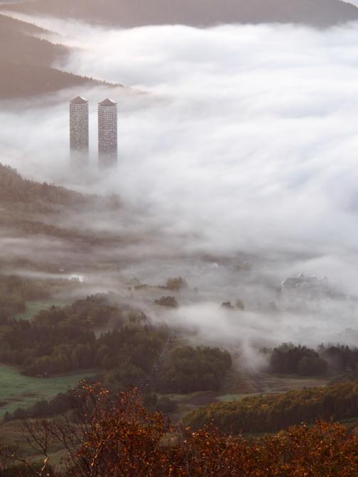 おとぎ話に登場する中世ヨーロッパのお城のイメージ