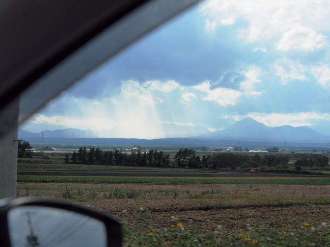 パレットの丘に向かう途中に現れた「天使の梯子」
