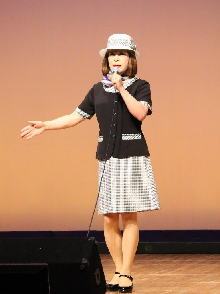 バスガール衣装舞台(1)
