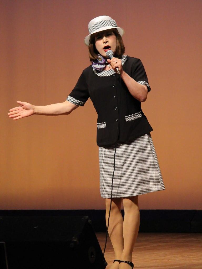 バスガール衣装舞台(2)