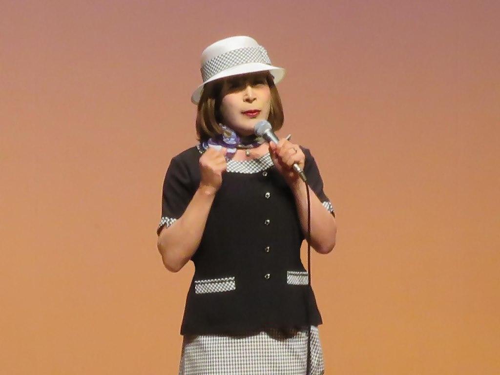 バスガール衣装舞台(4)
