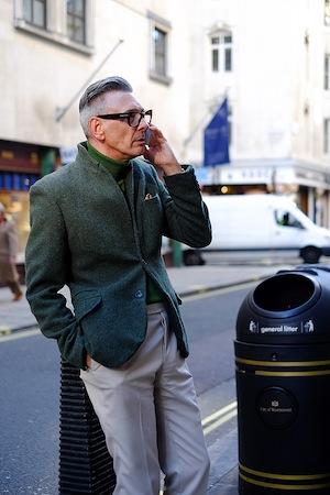 green-menswear-style-glasses-streetstyle.jpg