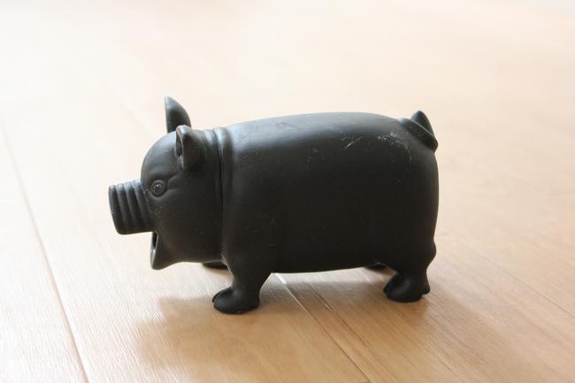 豚服表情 006