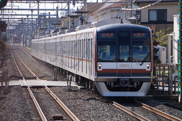2015-11-03 メトロ10120F 各停入間市行き