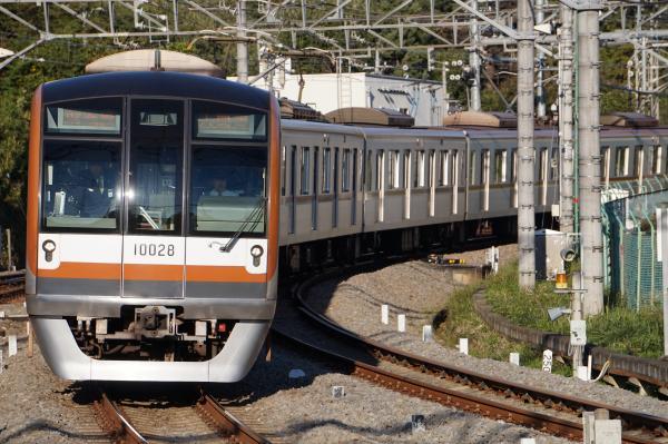 2015-11-03 メトロ10128F 各停入間市行き