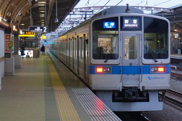 2015-11-26 小田急2055F 各停新宿行き