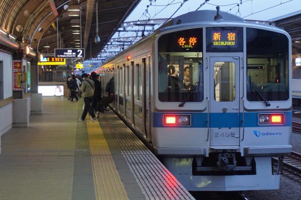 2015-11-26 小田急2059F 各停新宿行き