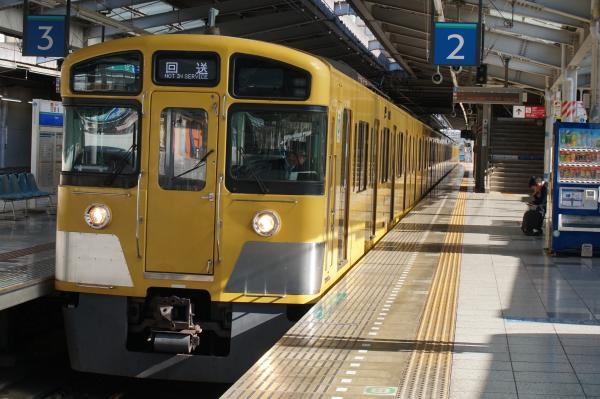 2015-11-28 西武2073F 回送