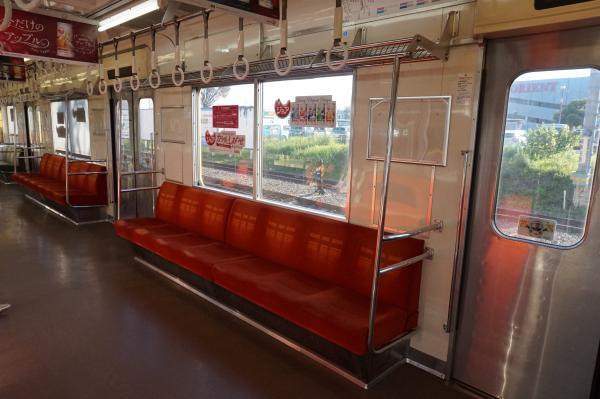 2015-11-28 西武9102F 車内