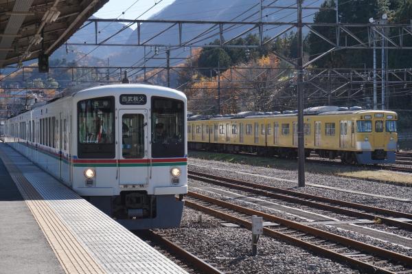 2015-12-05 西武2029F 4013F
