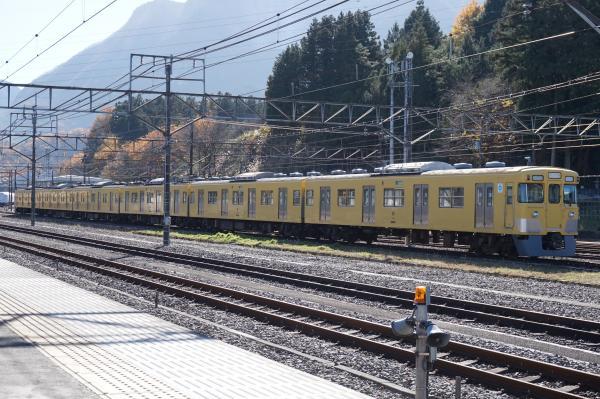2015-12-05 西武2029F 横瀬1