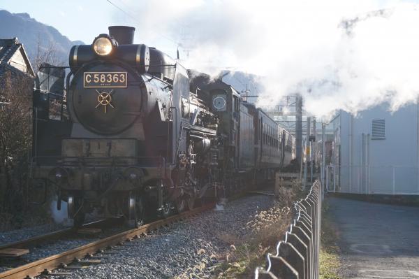 2015-12-05 秩父鉄道C58 363 熊谷行き