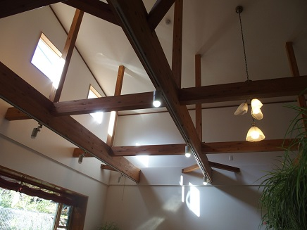 食堂の天井