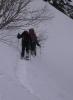 P3160070 地吹雪後の斜面をラッセルして進む!