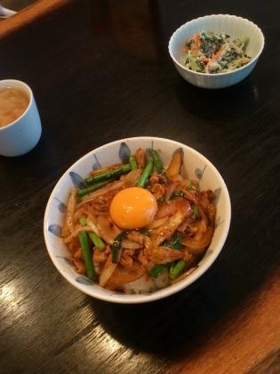 キッチンポコ スタミナ丼、小松菜の白和え5