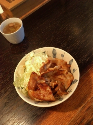 キッチンポコ 生姜焼き丼、ハッシュドビーフ4