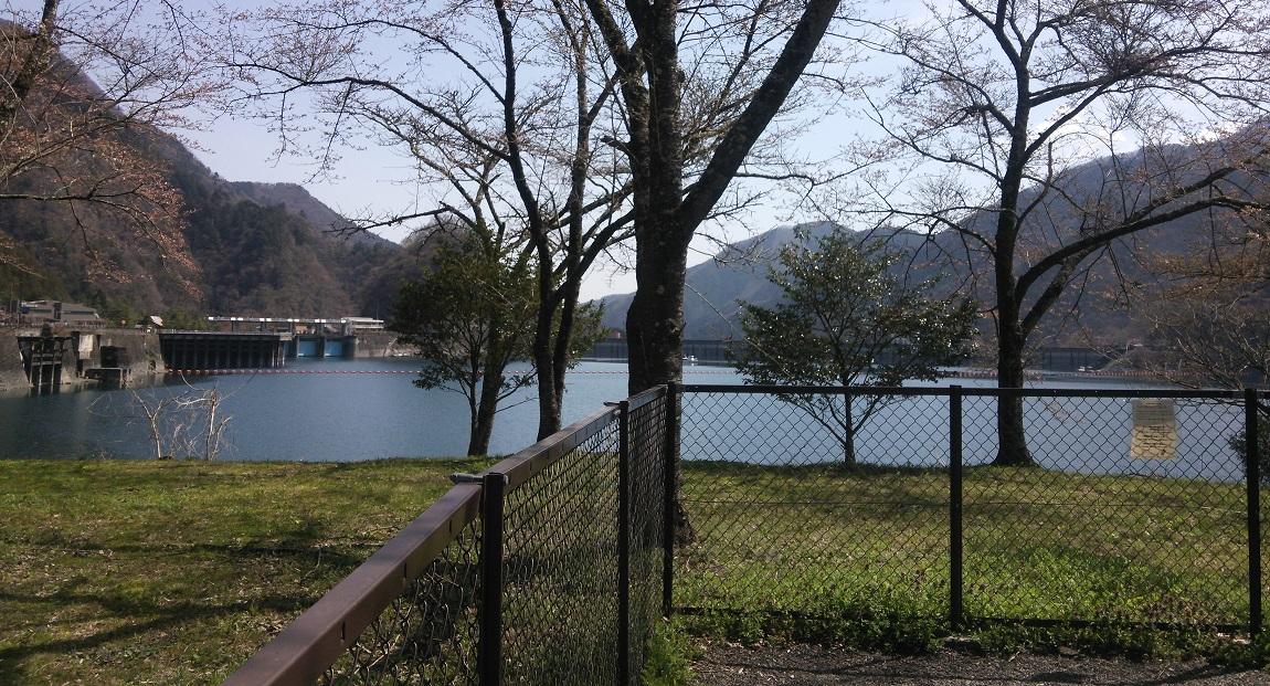 ⑥奥多摩湖1