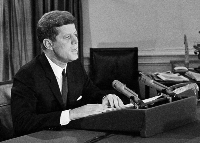 Kennedy-Cuba.jpg