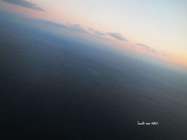 飛行機から海ブログ用1
