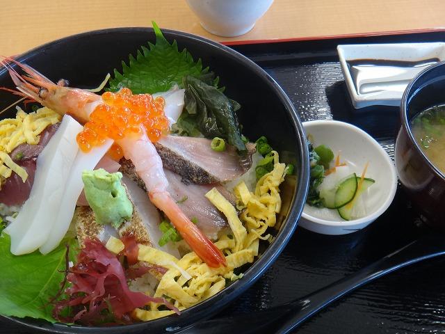 s-11:45海鮮丼