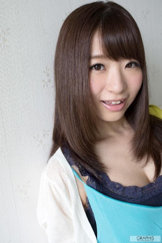 初美沙希 05