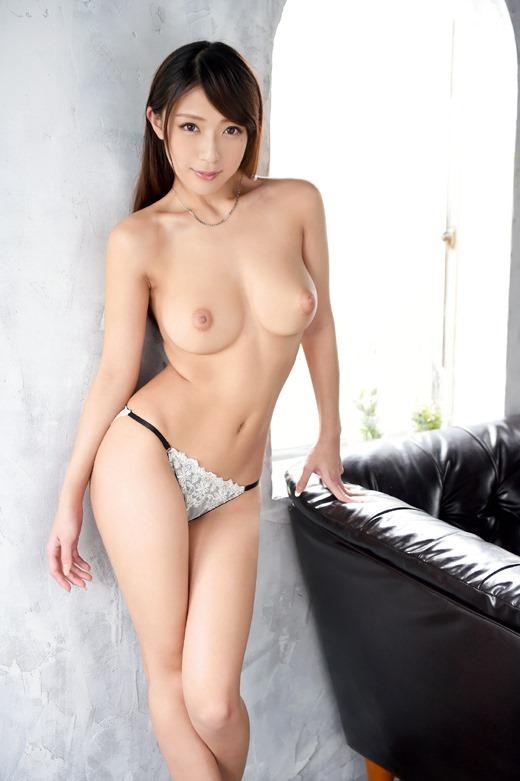 香椎りあラグジュTVで見せる濃厚セックス
