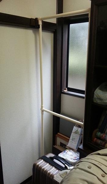 160411_衣装吊り棚01