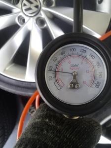 シロッコ タイヤ 空気圧