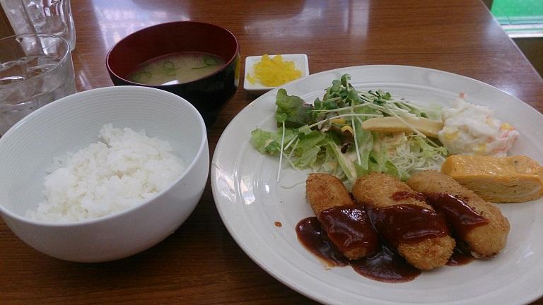 201603インテ昼食