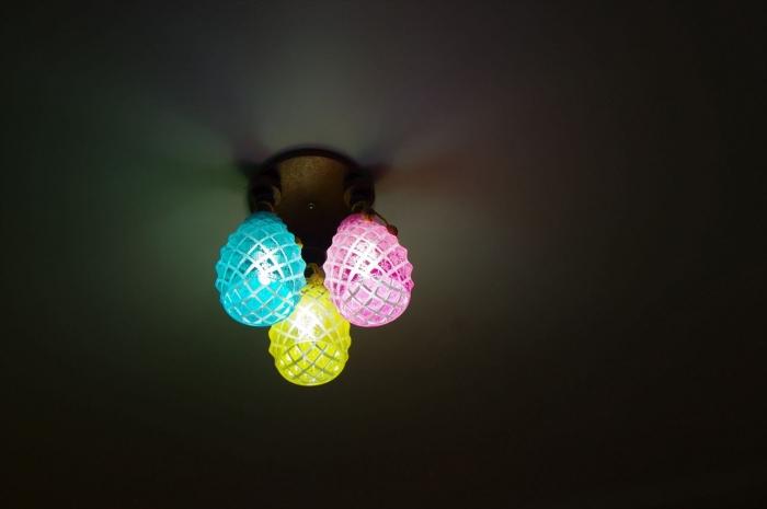 アイス屋さんのかわいい電球