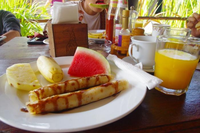サマードリームロッジの朝ごはん (1)