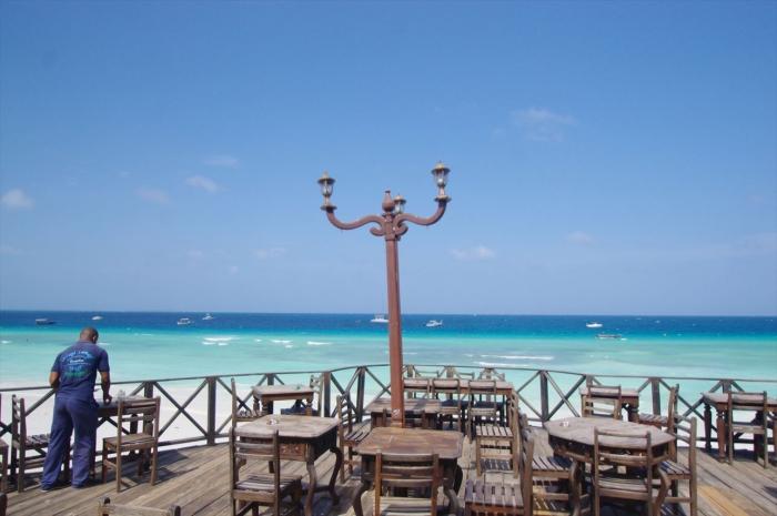 ヌングイのレストラン (4)