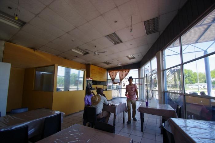 MAUNのレストラン (1)