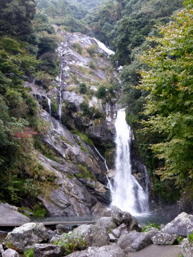 見帰りの滝2