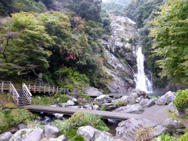 見帰りの滝3