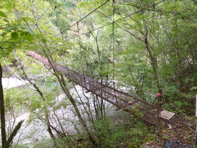 南川の吊橋2a