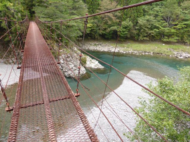 南川の吊橋2d