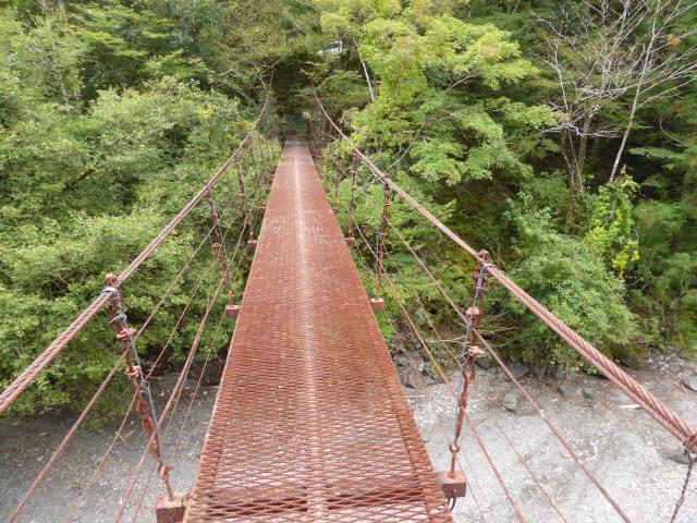 南川の吊橋2g